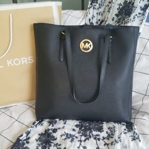 Michael Kors Black Jet Set Travel Tote